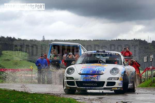 Sergio-Vallejo-y-Diego-Vallejo_Porsche-997-GT3_2